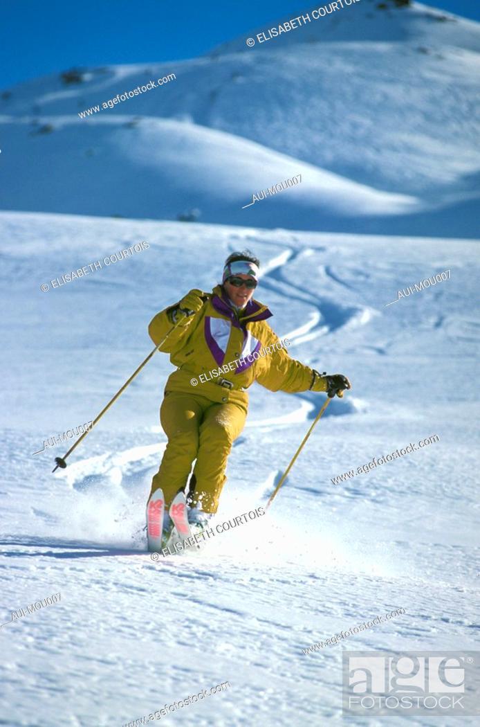 Stock Photo: Mountain - Skiing.