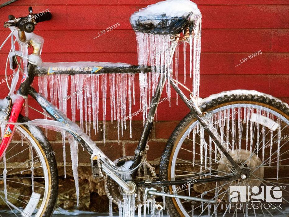 Stock Photo: Ice on bike.