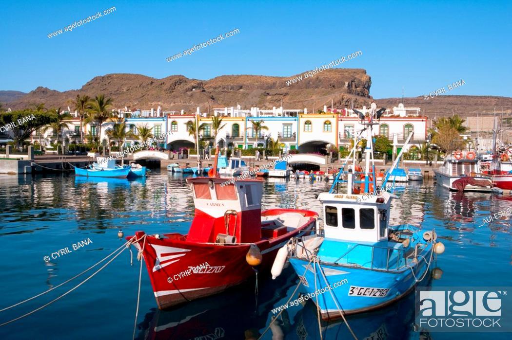 Stock Photo: Spain - Canary Islands - Gran Canaria - West Coast - Puerto de Mogan.