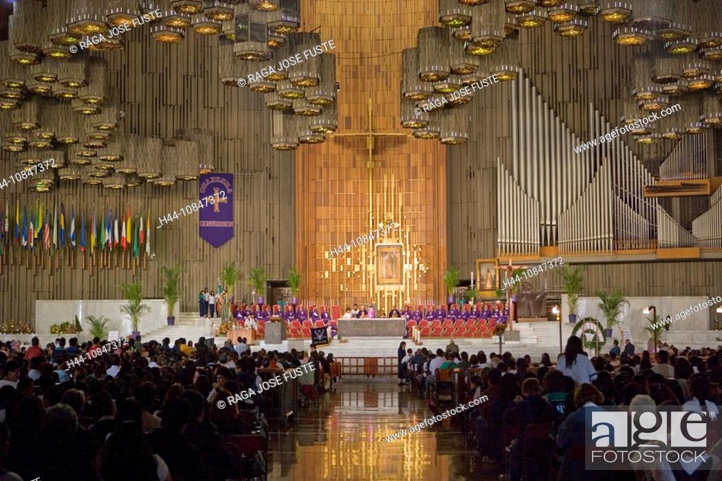 Stock Photo: Mexico, Central America, city, Basilica of Our Lady of Guadalupe, Sanctuary, South America, February 2008, pilgrim, pi.