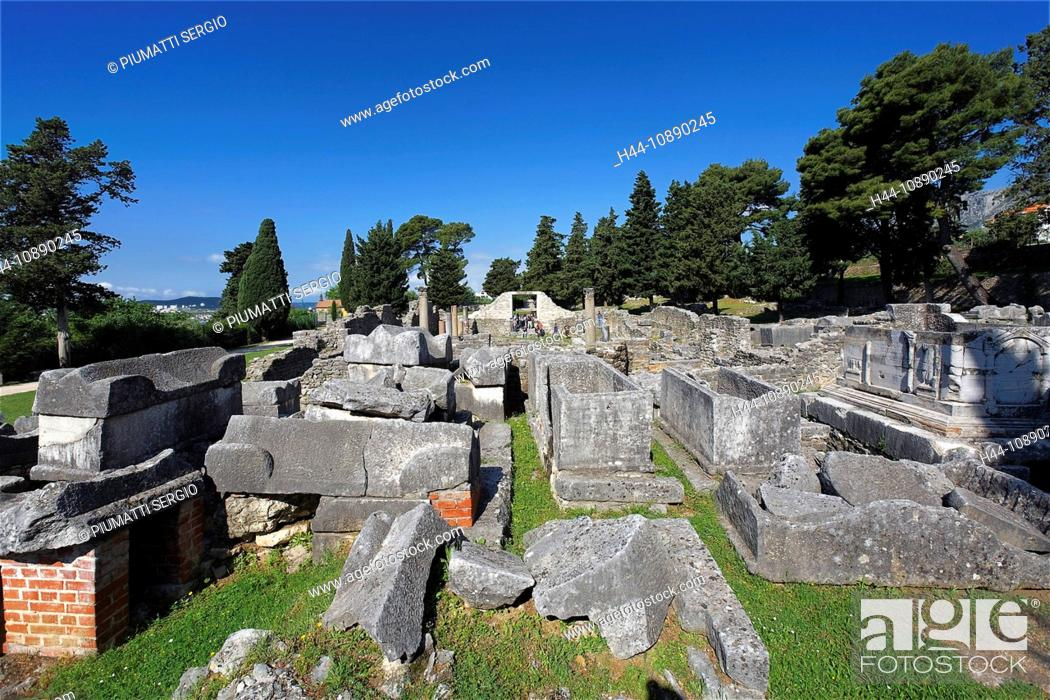 Stock Photo: Croatia, Europe, Salona, ancient Illyrian, Delmati city, Emporion, ruins, Salona.