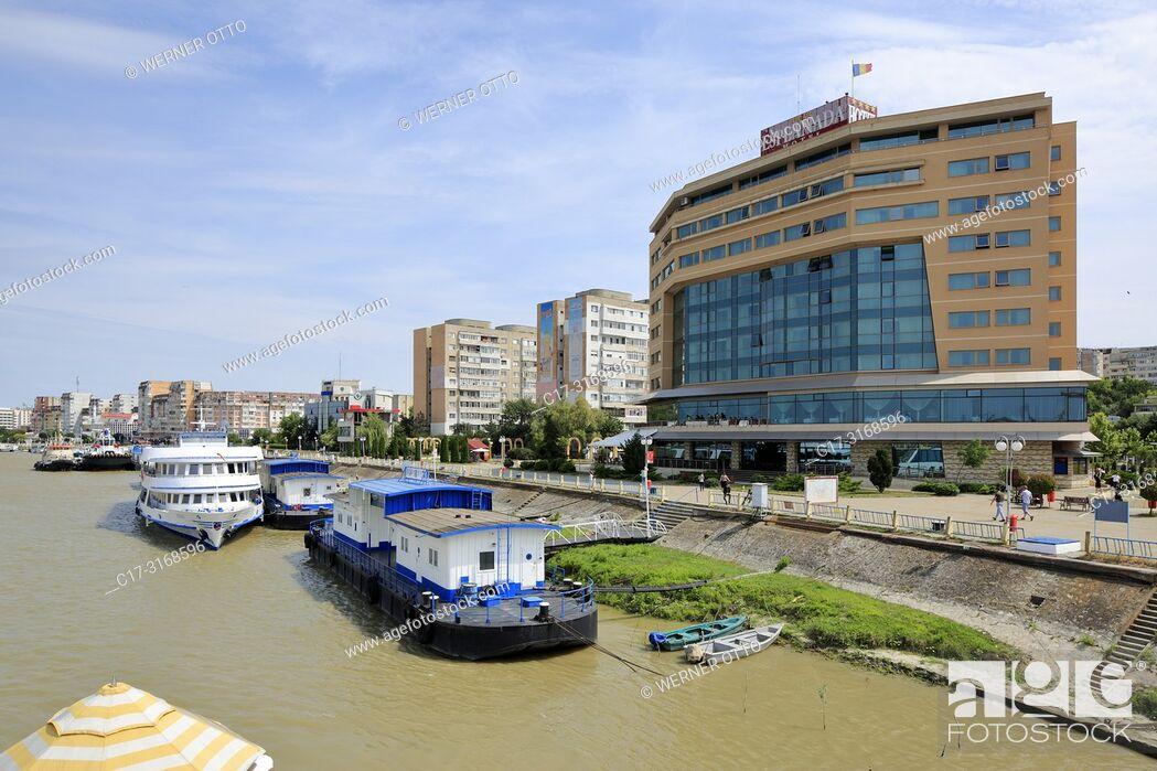 Stock Photo: Tulcea, Romania, Tulcea at the Danube, Saint George branch, Tulcea County, Dobrudja, Gate to the Danube Delta, city view, harbour.