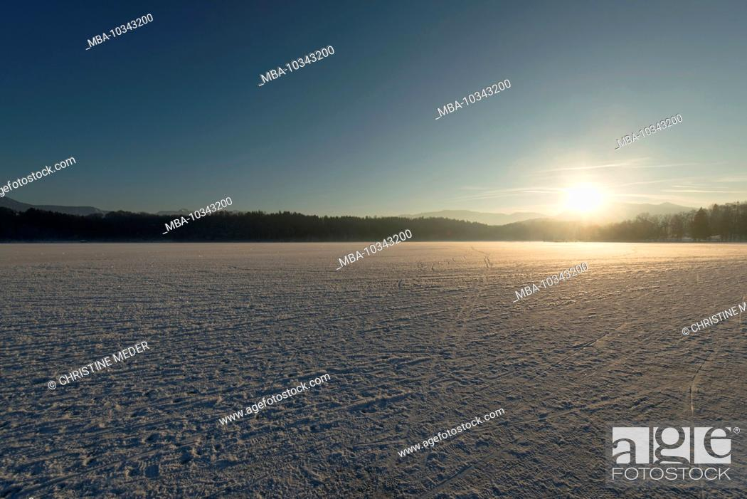 Stock Photo: Staffelsee in winter.