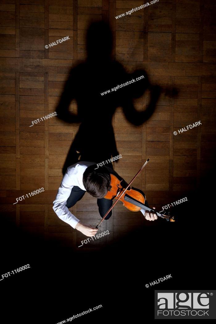 Stock Photo: Violin performance.