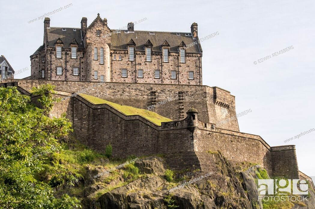 Stock Photo: UK, Scotland, Edinburgh - Edinburgh Castle is a historic fortress situated at the top of Castle Rock in Edinburgh, Scotland's compact, hilly capital.