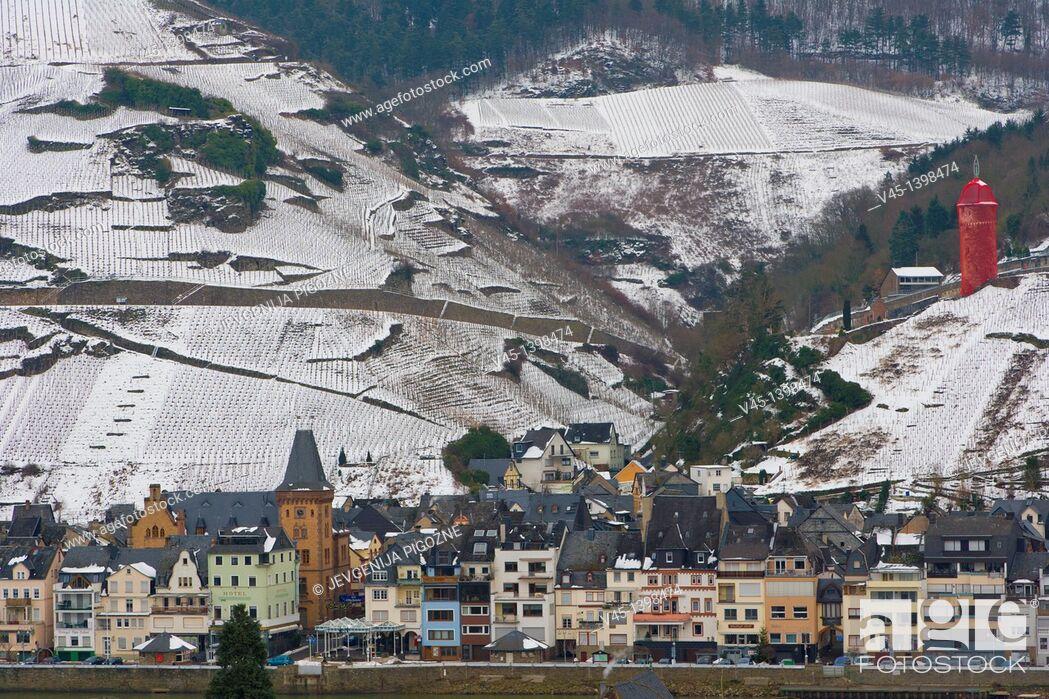 Stock Photo: Zell, Mosel, Moselle, Valley, Rhineland-Palatinate, Germany, Winter.
