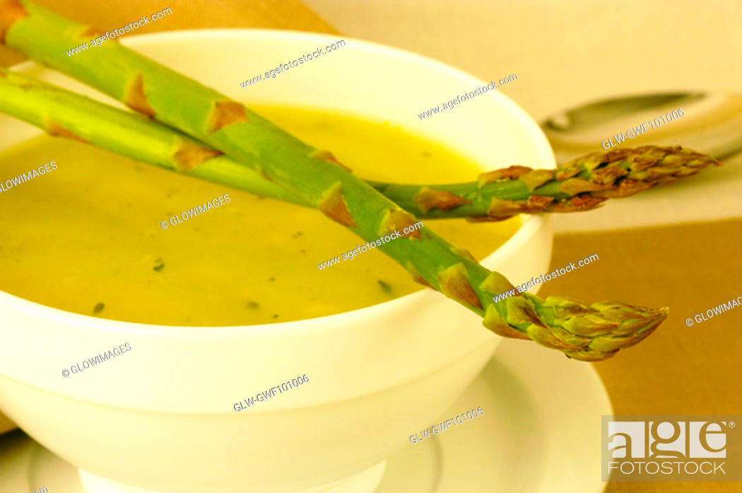 Stock Photo: Close-up of a bowl of vegetable soup.