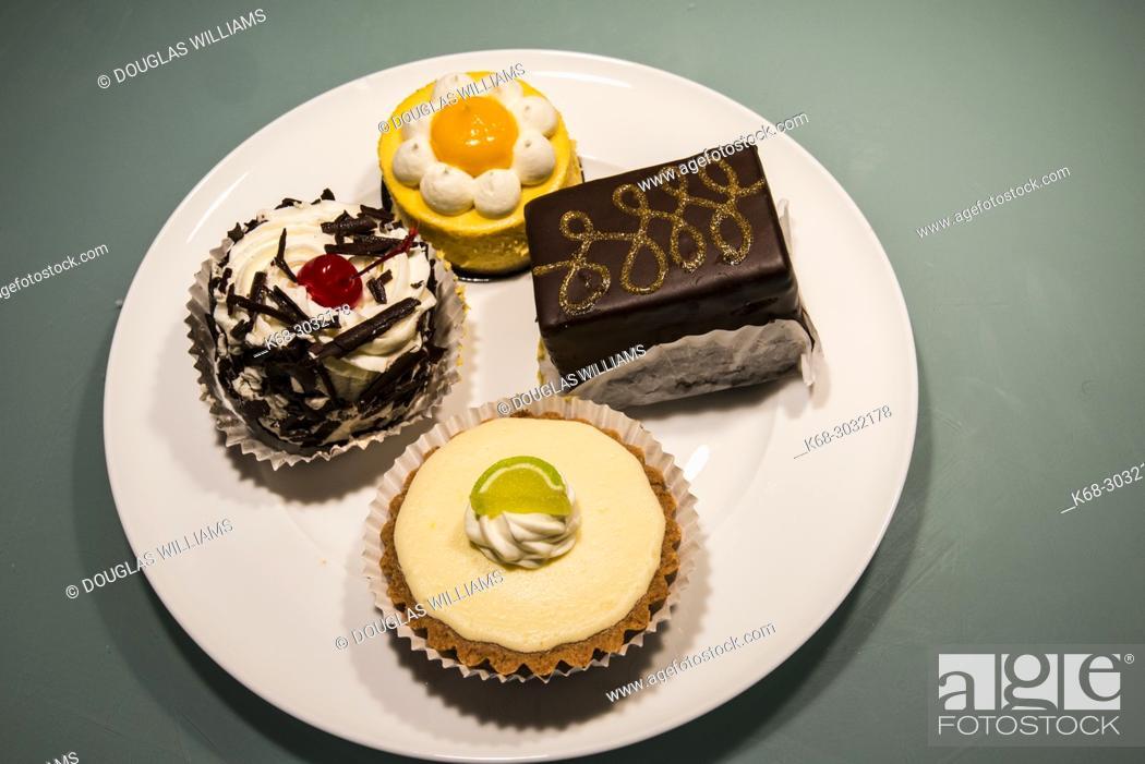Stock Photo: dessert.