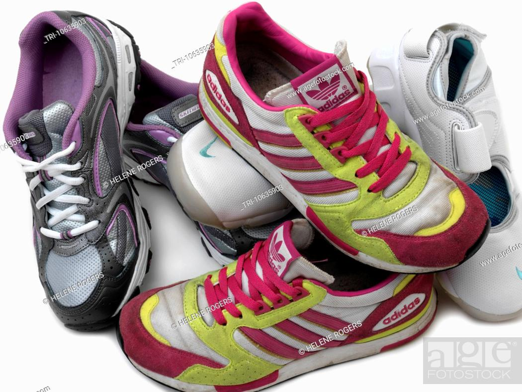 Trainers Adidas Ontario, Nike Air Rifts