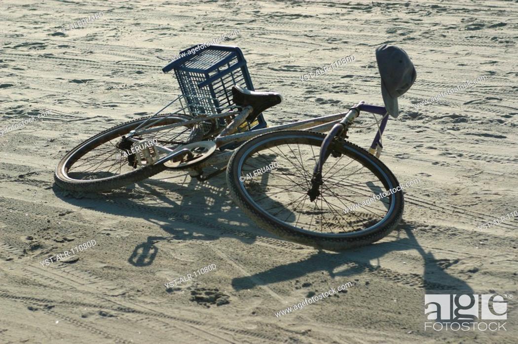 Stock Photo: Bicycle, Beach, Imbituba, Santa Catarina, Brazil.
