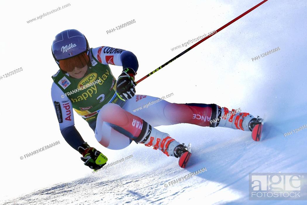 Stock Photo: Tessa WORLEY (FRA), Action, Giant Slalom Ladies, Ladies` Giant Slalom. Alpine Skiing, World Cup in Soelden on the Rettenbachferner, Rettenbach glacier.