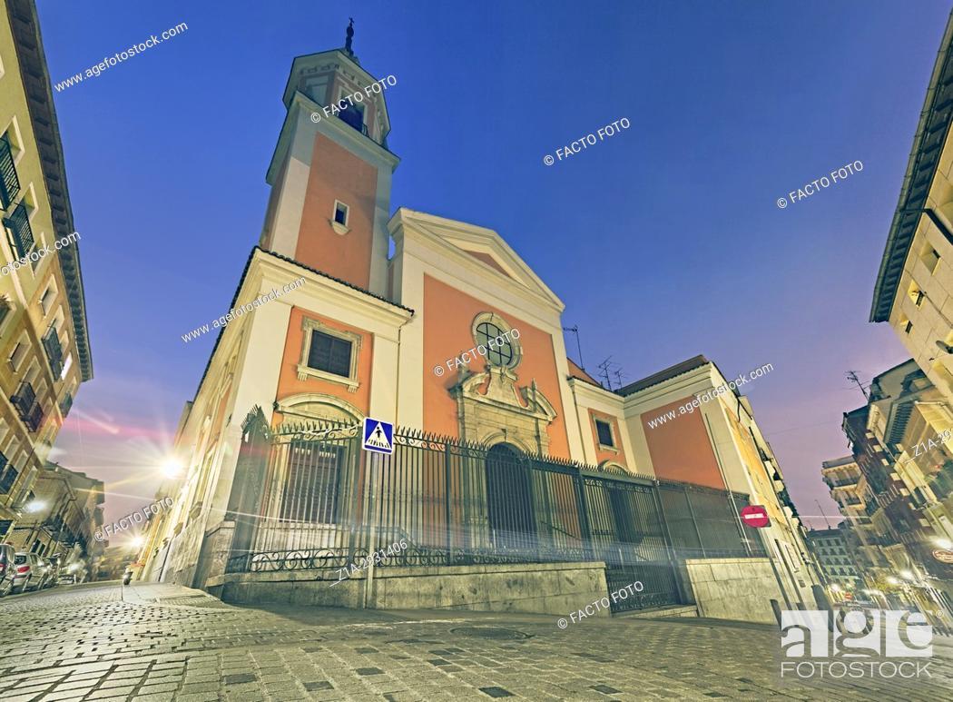 Imagen: San Lorenzo church at Lavapies neighbourhood. Madrid. Spain.