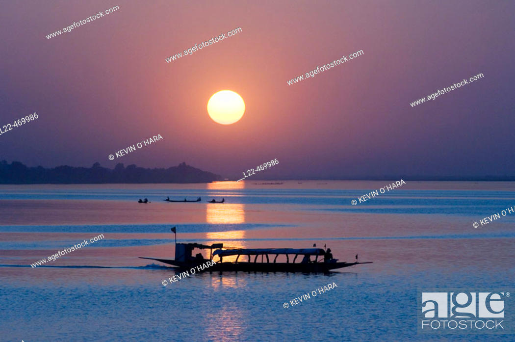 Stock Photo: Sunset on the river Niger, Segou city, Mali, Africa.