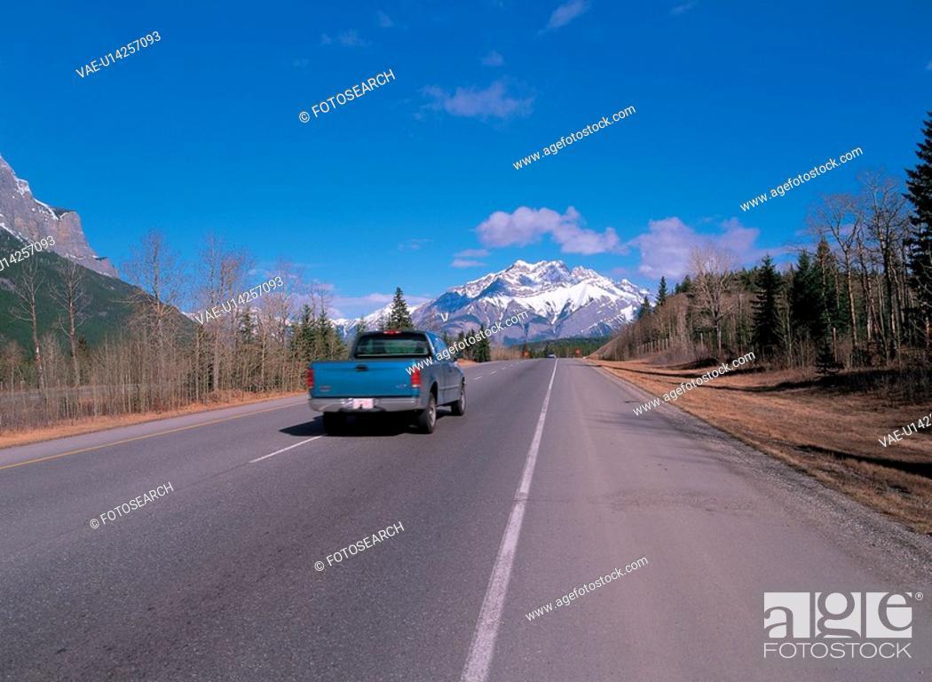 Stock Photo: mountain, landscape, forest, tree, sky, scenery.
