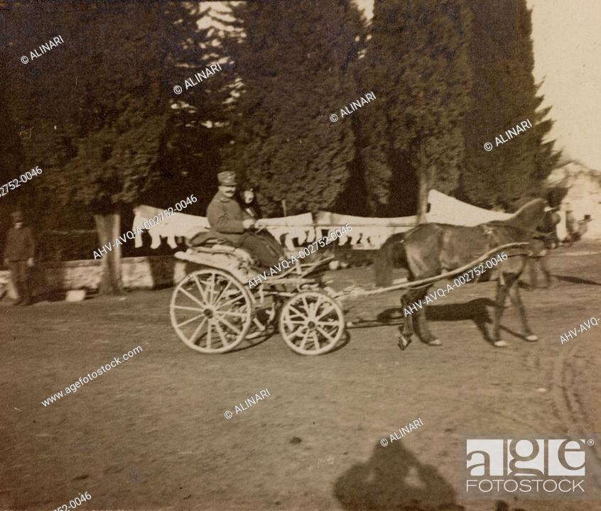 Stock Photo: Album of the First World War in Friuli-Venezia Giulia: visit of the Marquise at Villa Brazzà, home to 17 of the Hospital of war in Soleschiano Manzano.