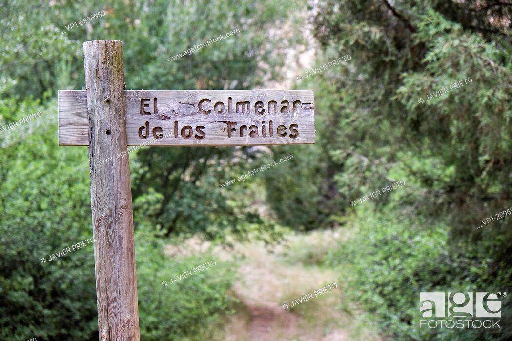 Stock Photo: Indicating sign of the Colmenar de los Frailes at the bottom of the Río Lobos Canyon. Rocky Walls in the Canyon Lobos River Natural Park. Soria.