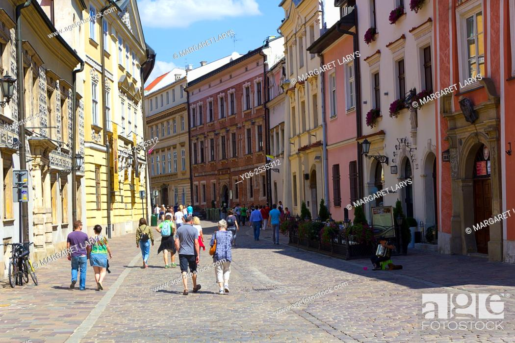 Stock Photo: Tourists in Kanonicza street in Krakow, Poland.