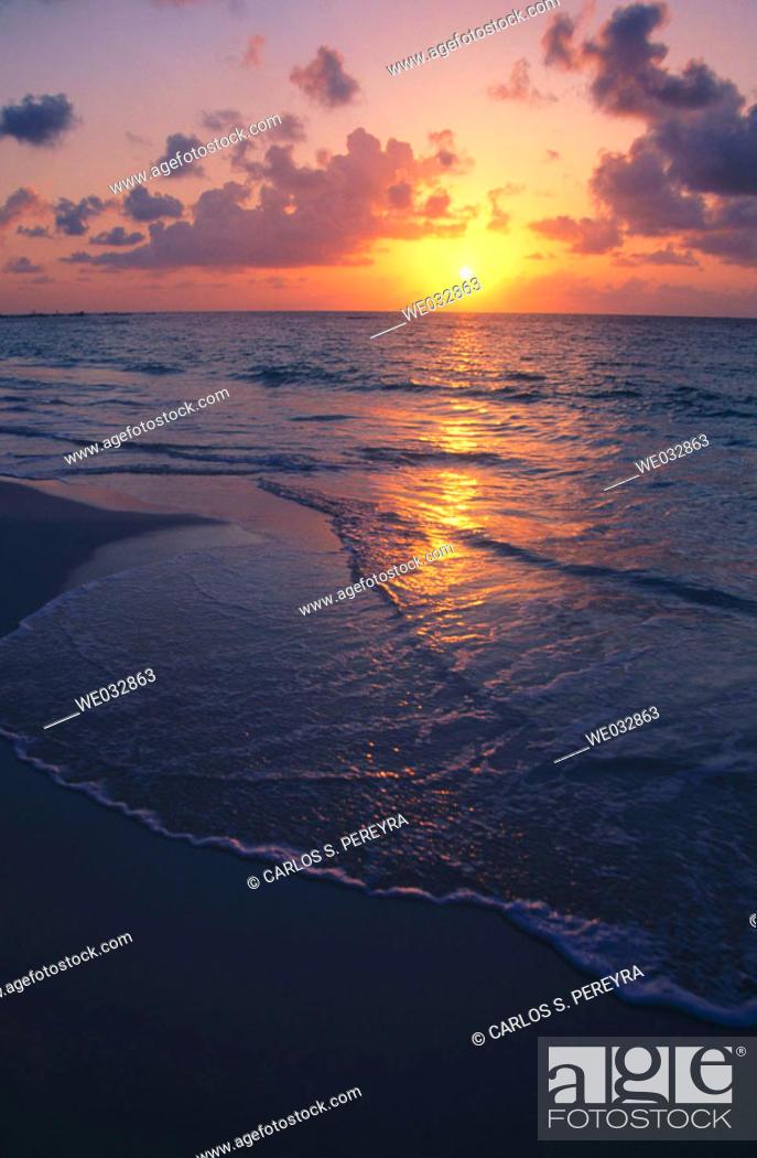Stock Photo: Playa del Carme. Caribbean, Quintana Roo, Mexico.