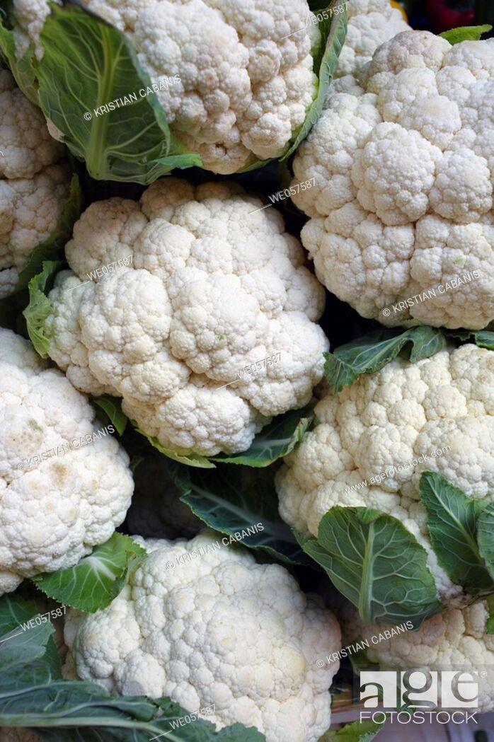 Stock Photo: Cauliflower on a farmers market in Macau, China, Asia.