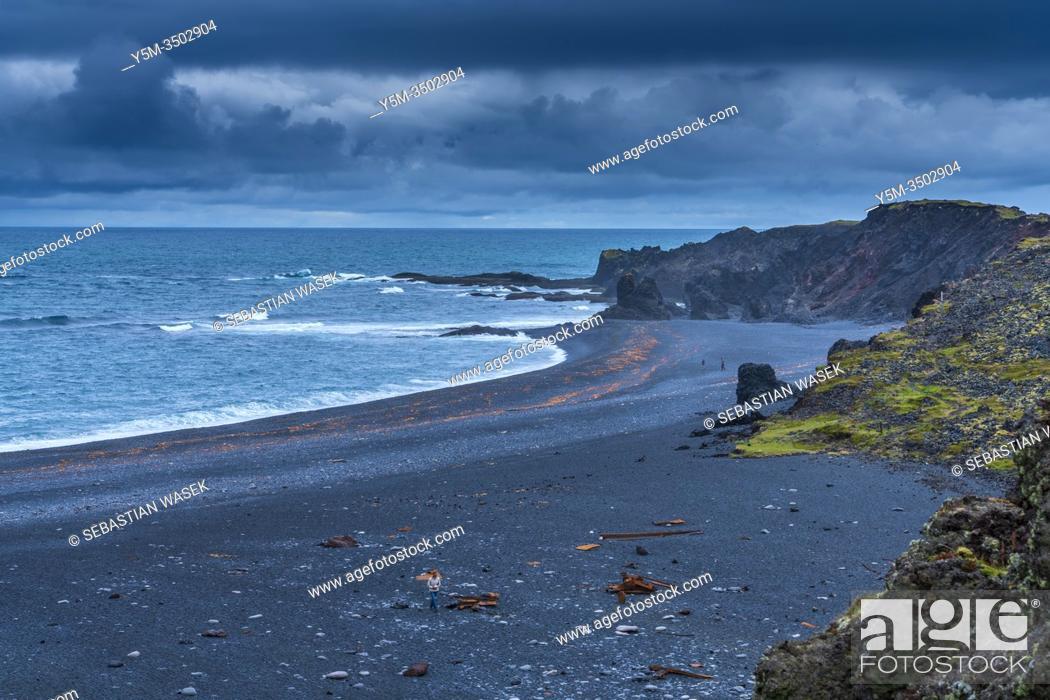 Stock Photo: Djúpalónssandur beach, Snaefellsnes Peninsula, Iceland.