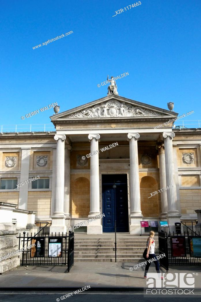 Stock Photo: Oxford, England - The Ashmolean Museum in the centre of Oxford.