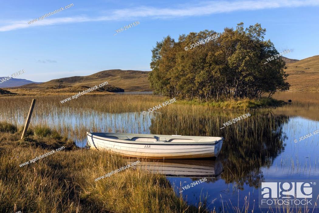 Stock Photo: Loch Awe, Assynt, Sutherland, Scotland, United Kingdom.