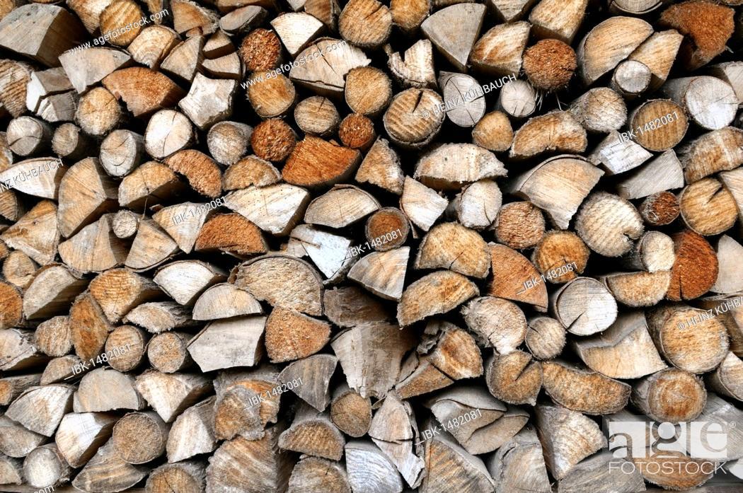 Imagen: Stacked up wood logs, Upper Bavaria, Bavaria, Germany, Europe.