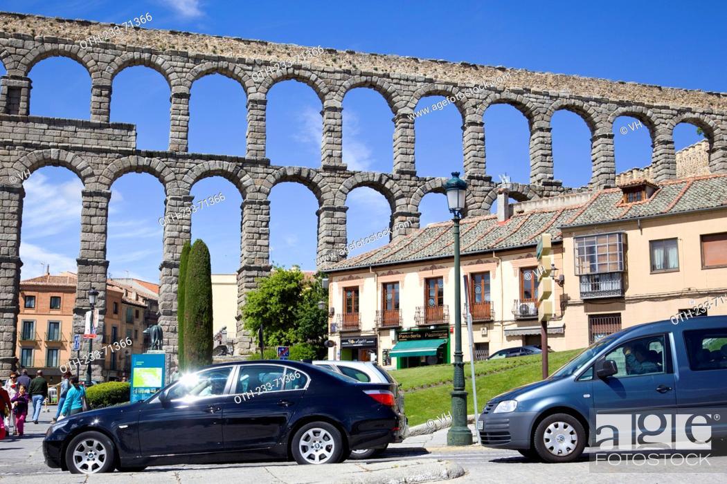 Stock Photo: The Roman aqueduct, Segovia, Castile-Leon, Spain, Europe.