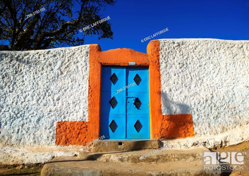 Stock Photo: Ethiopia, Harari Region, Harar, entrance of an old house.