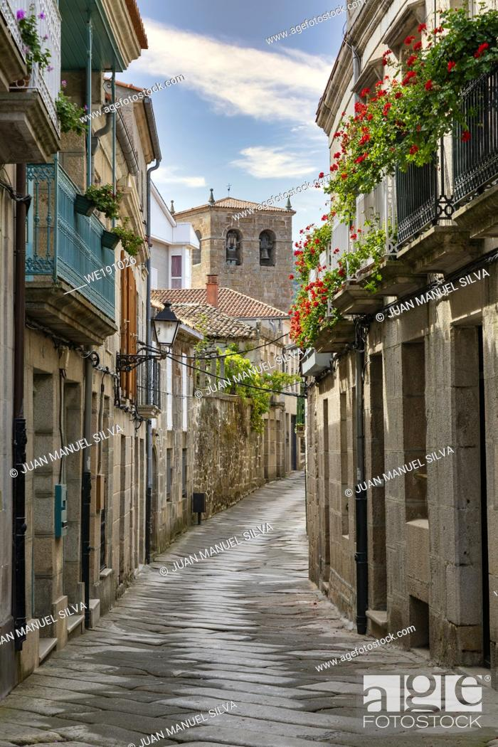 Stock Photo: Streets of Allariz, Ourense Province, Galicia, Spain.