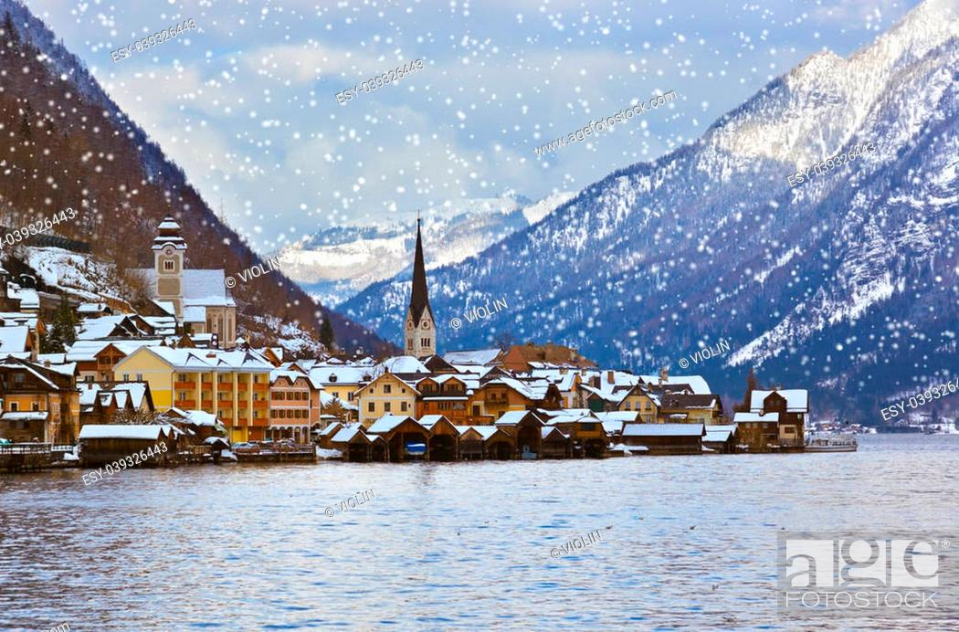 Stock Photo: Village Hallstatt on the lake Hallstatter at winter - Salzburg Austria.