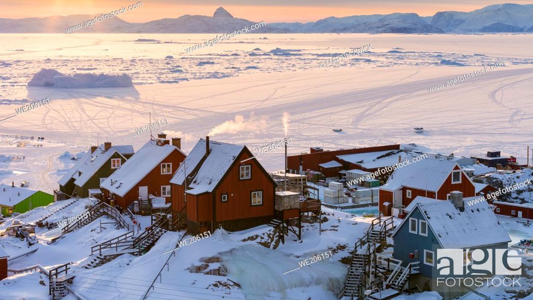 Stock Photo: Town Uummannaq during winter in northern Westgreenland beyond the arctic circle. North America, Greenland, Danish territory.
