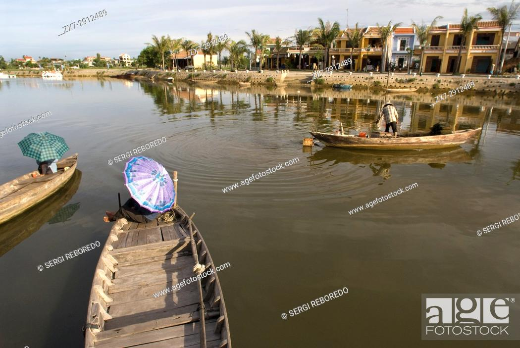Stock Photo: Fishing boats on the Song Thu Bon river, Hoi An, Vietnam, Southeast Asia.
