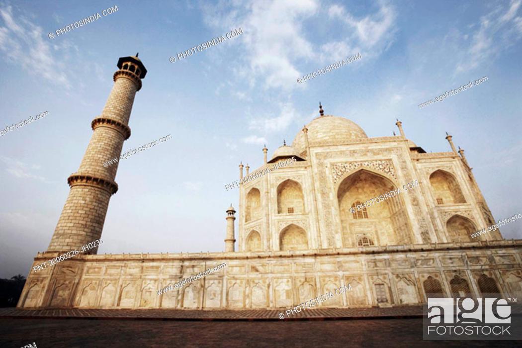 Stock Photo: Low angle view of a mausoleum, Taj Mahal, Agra, Uttar Pradesh, India.