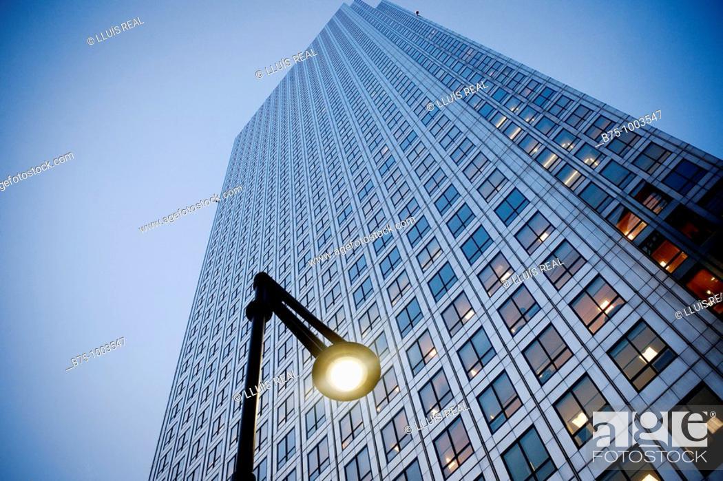 Stock Photo: Skyscrapper, London, England.