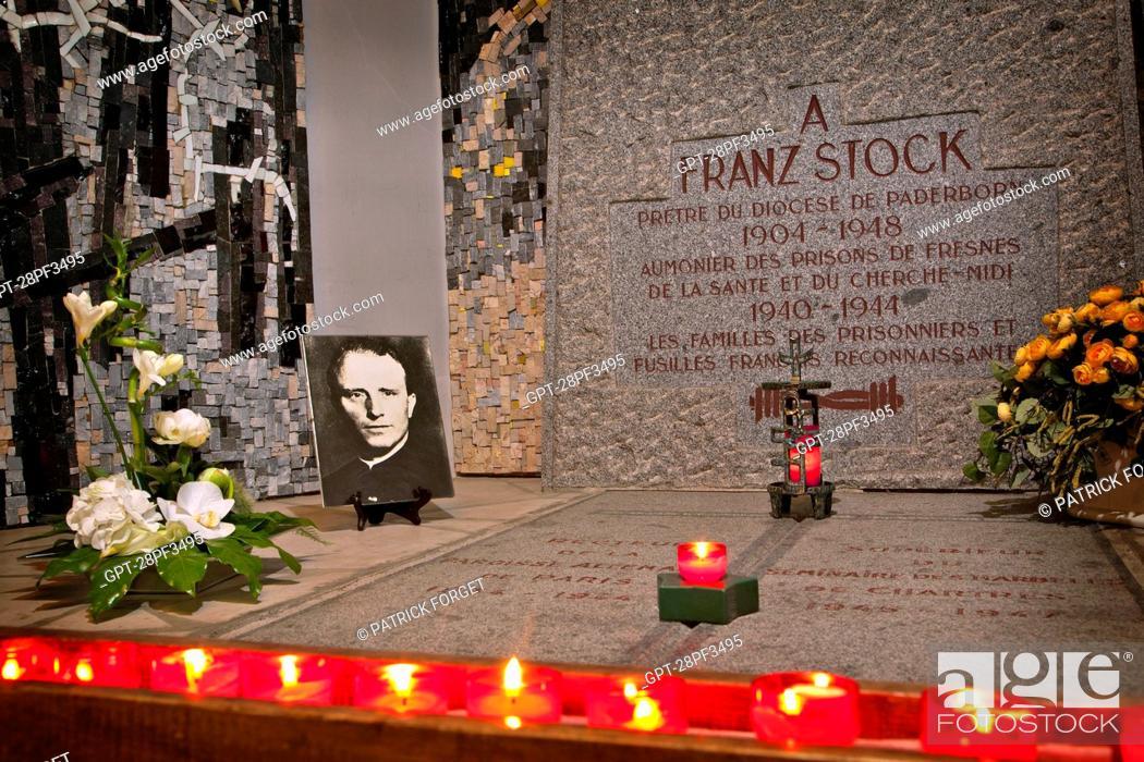 Imagen: THE TOMB OF THE GERMAN ABBOT FRANZ STOCK, SAINT-JEAN BAPTISTE CHURCH IN RECHEVRES, CHARTRES, EURE-ET-LOIR 28, FRANCE.