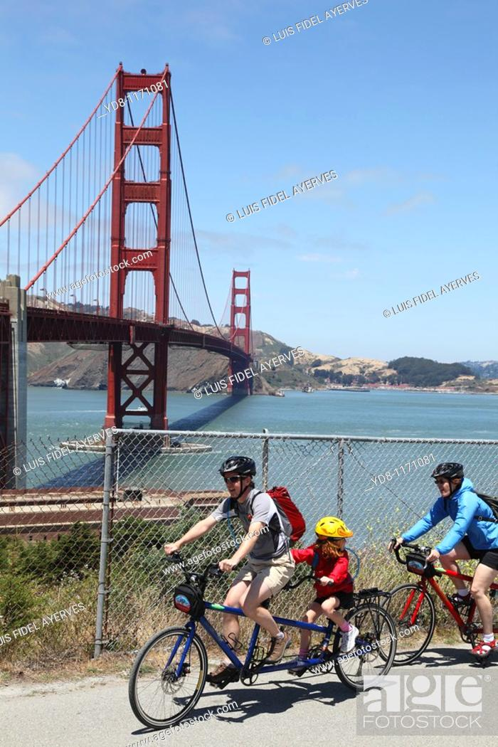 Stock Photo: Travel by bicycle at the Golden Gate, San Francisco, California, USA.