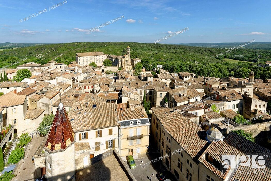 Stock Photo: France, Gard, Pays d'Uzege, Uzes, St Theodorit Cathedral and the Fenestrelle tower.