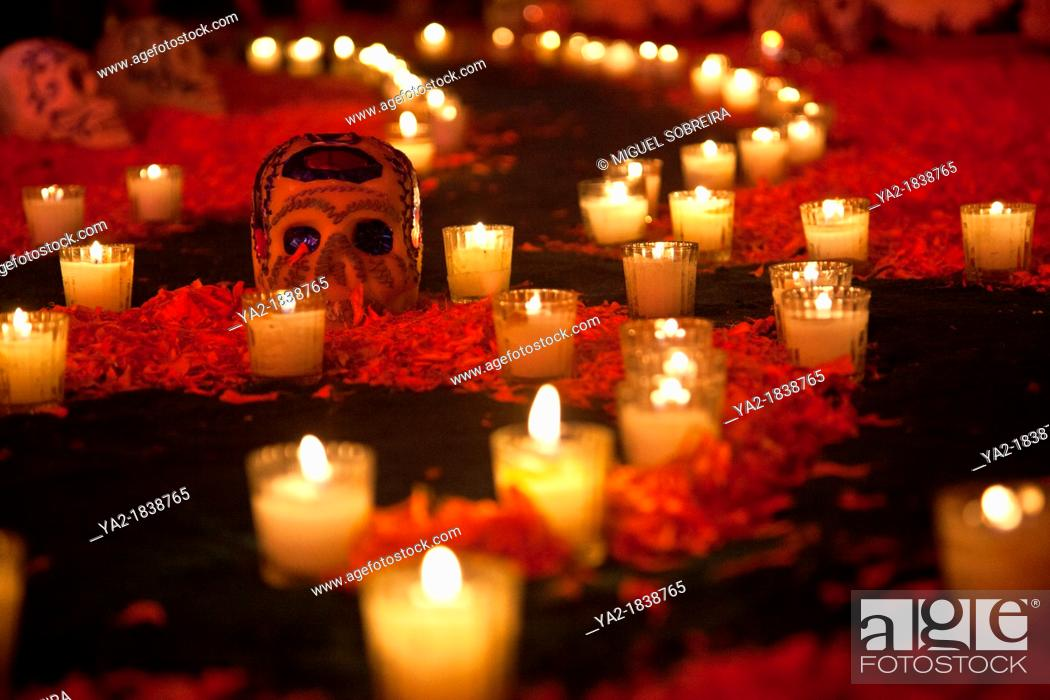 Stock Photo: 'Desvestidas Y Alborotadoras' Ofrenda - Altar offering commemoration of women with special homage to Sor Juana and María Félix - Detail Of calavera skull and.