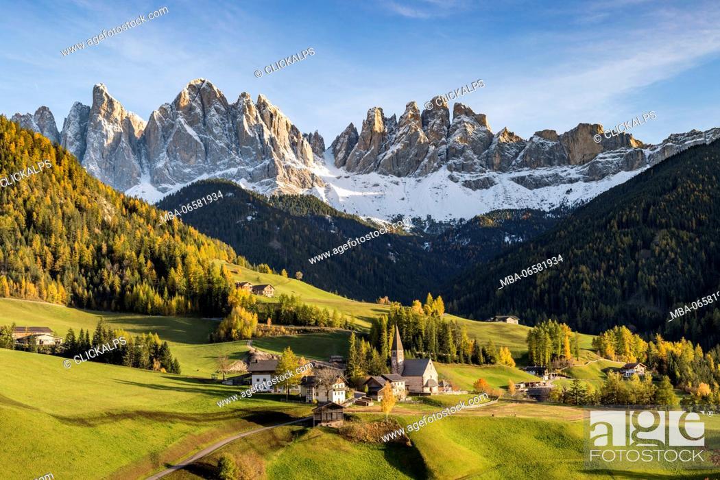 Stock Photo: Autumnal landscape with Odle Dolomites peaks on the background, Santa Maddalena, Funes, Bolzano, Trentino Alto Adige - Sudtirol, Italy, Europe,.