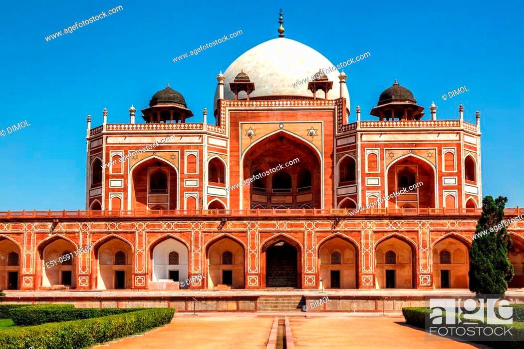 Stock Photo: Humayun's Tomb famous tourist attraction destination. Delhi, India.