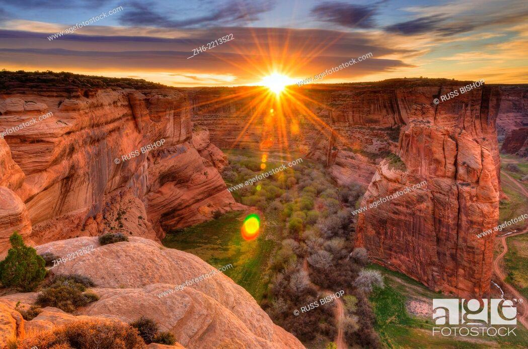 Stock Photo: Sunrise over Canyon de Chelly, Canyon de Chelly National Monument, Arizona USA.