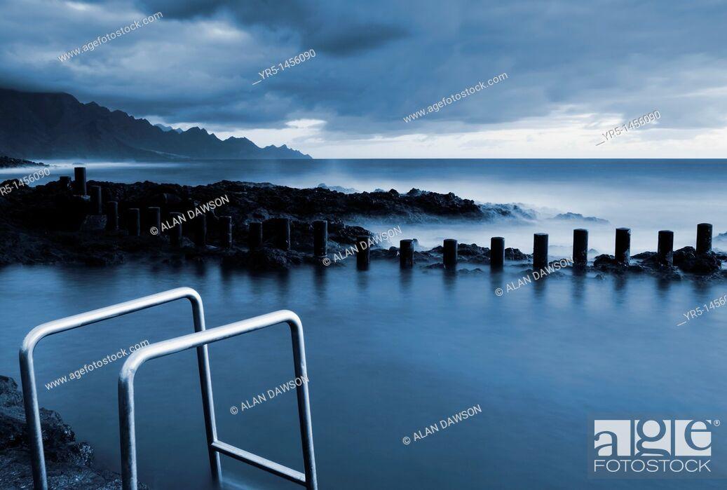 Stock Photo: Coastal swimming pools at Agaete, Gran Canaria, Canary Islands, Spain.