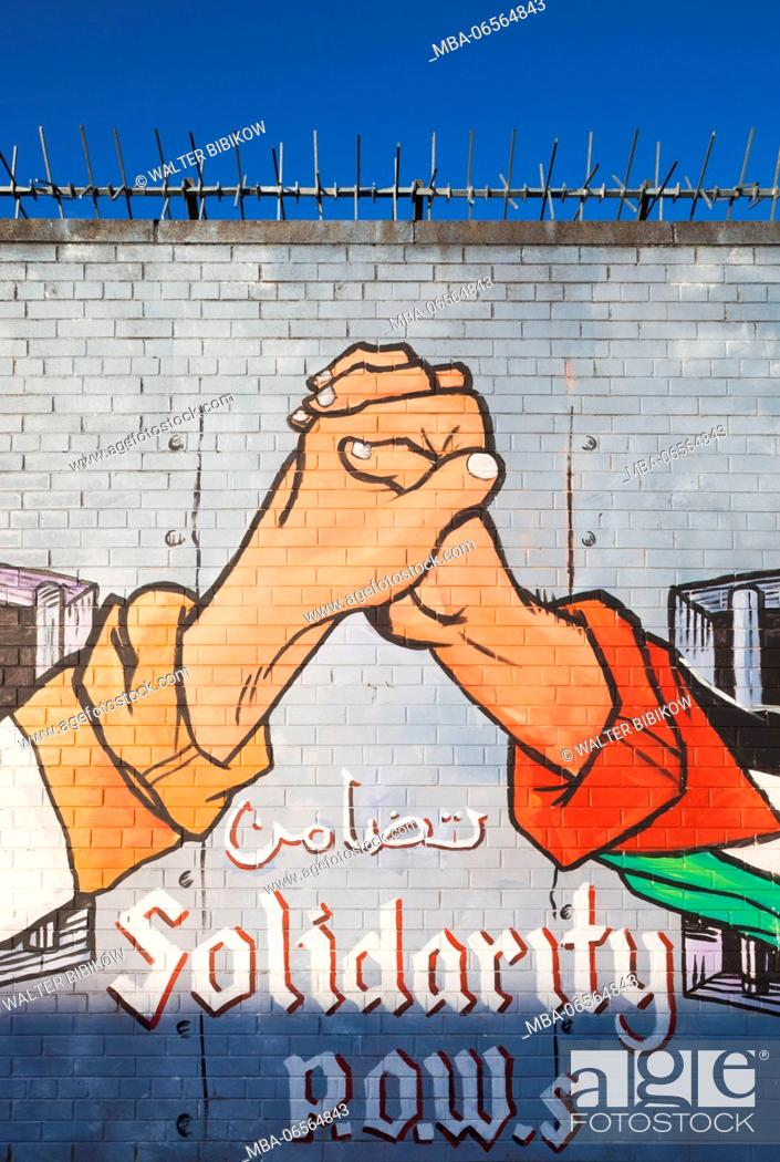 Stock Photo: UK, Northern Ireland, Belfast, Falls Road, republican murals against British rule.