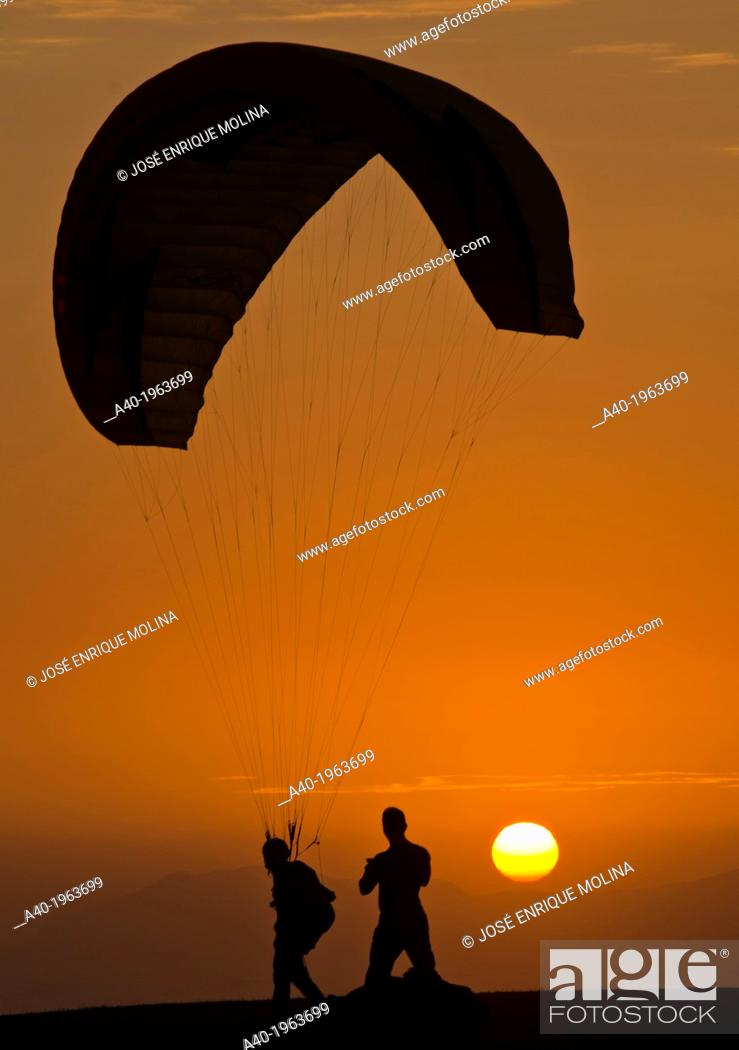 Stock Photo: Practicing paragliding on the waterfront of Miraflores district. Lima city. Peru.