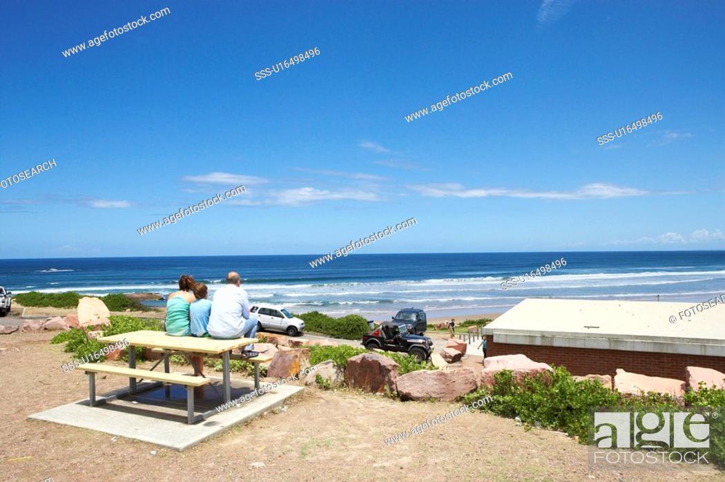 Stock Photo: Family sitting at the Biubi Point, Australia.