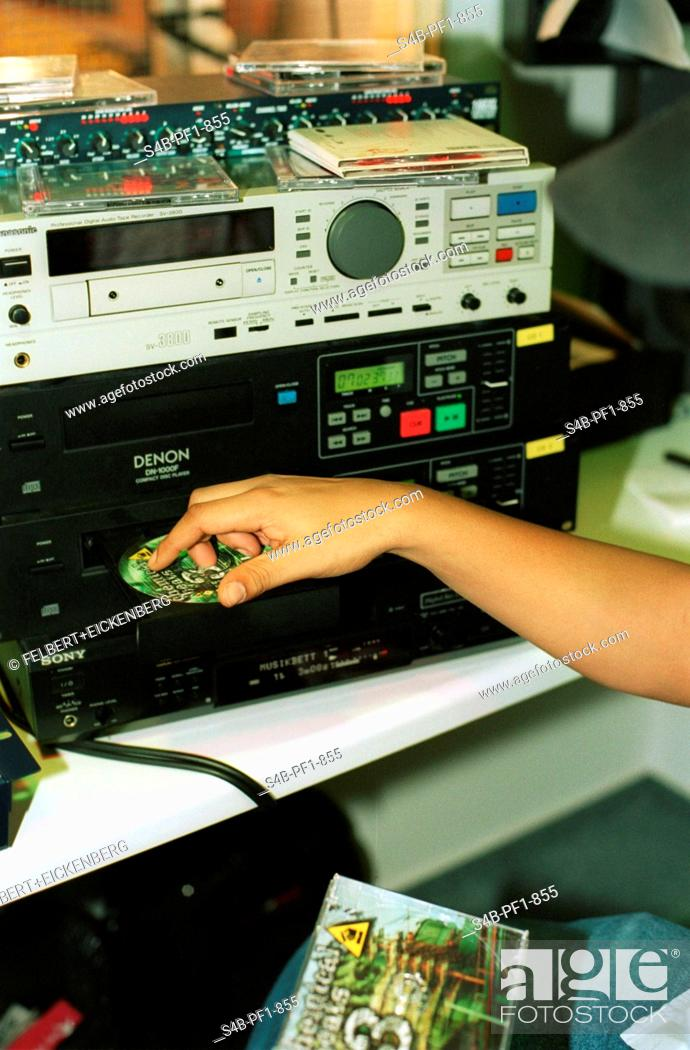 Imagen: Cyber Radio - Hamburg - Germany.