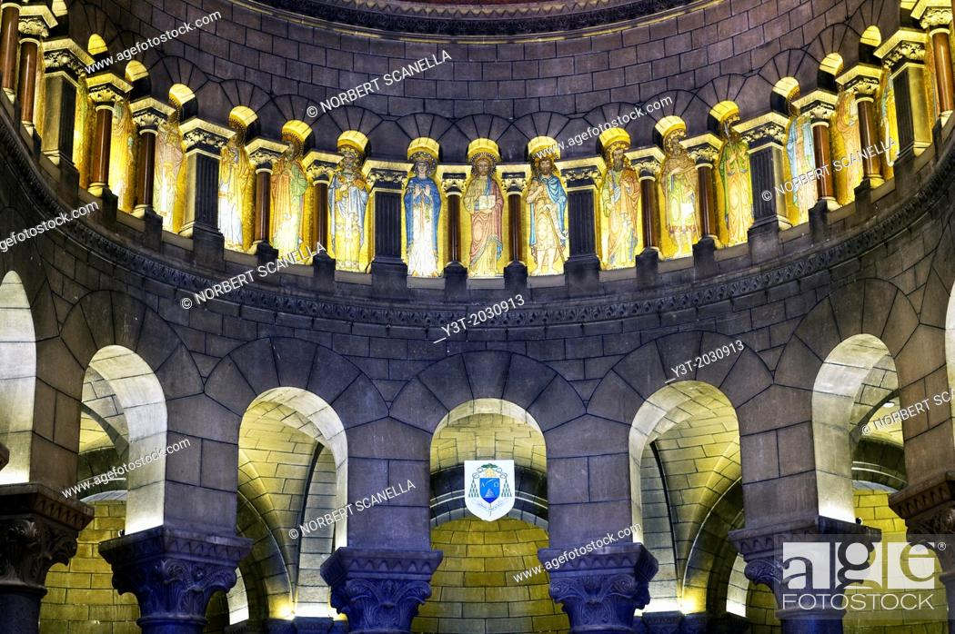 Photo de stock: Principality of Monaco, Monte Carlo. Decorated ceiling of the cathedral.