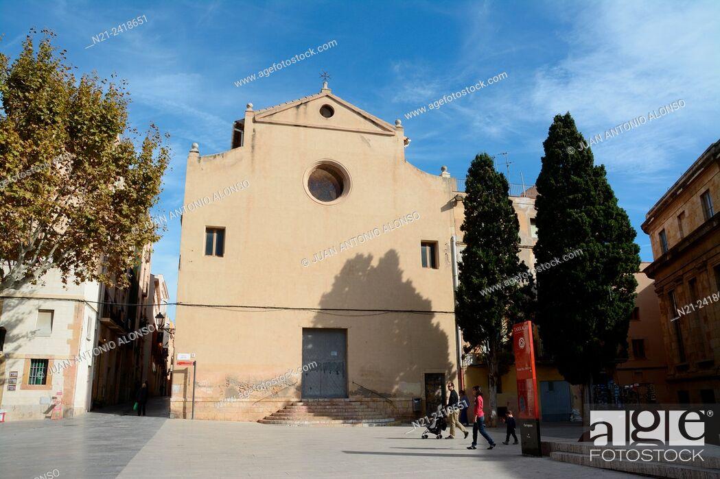 Stock Photo: Esglesia de La Trinitat. Plaça del Rei. Tarragona, Catalonia, Spain, europe.