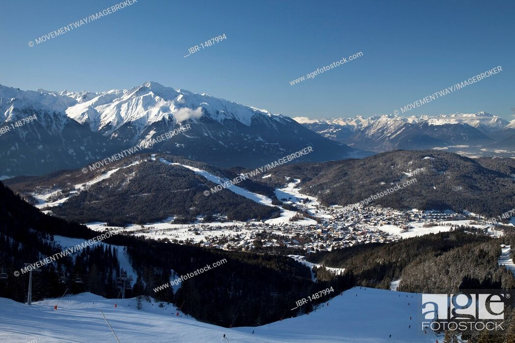 Stock Photo: Panoramic view from Rosshuette, 1760m, Seelfeld, Tyrol, Austria, Europe.